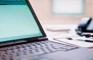 closeup-laptop