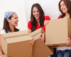 girls-moving-in
